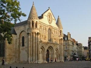 The-Notre-Dame-la-Grande-Church-sybarite48-Flickr